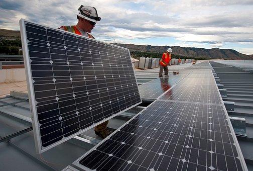 Andalucía ya roza el 20% de la energía total consumida de fuentes limpias