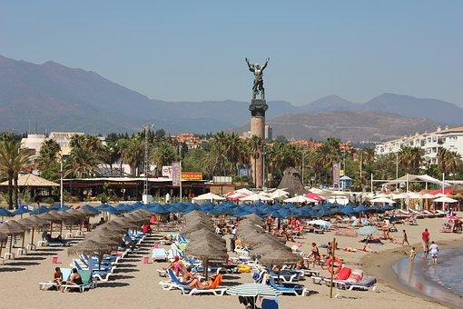 Te contamos las novedades que ha anunciado la Junta de Andalucía para que te puedas beneficiar del bono turístico