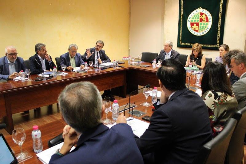 Los Rectores y Rectoras de las Universidades Públicas de Andalucía consideran insuficiente la dotación presupuestaria de la Junta de Andalucía
