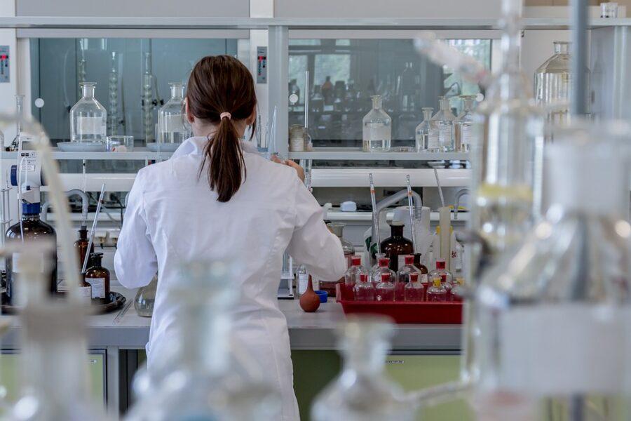 ¿Se pueden utilizar las matemáticas para buscar una cura del cáncer infantil? Sí, según una investigación de la Universidad de Sevilla