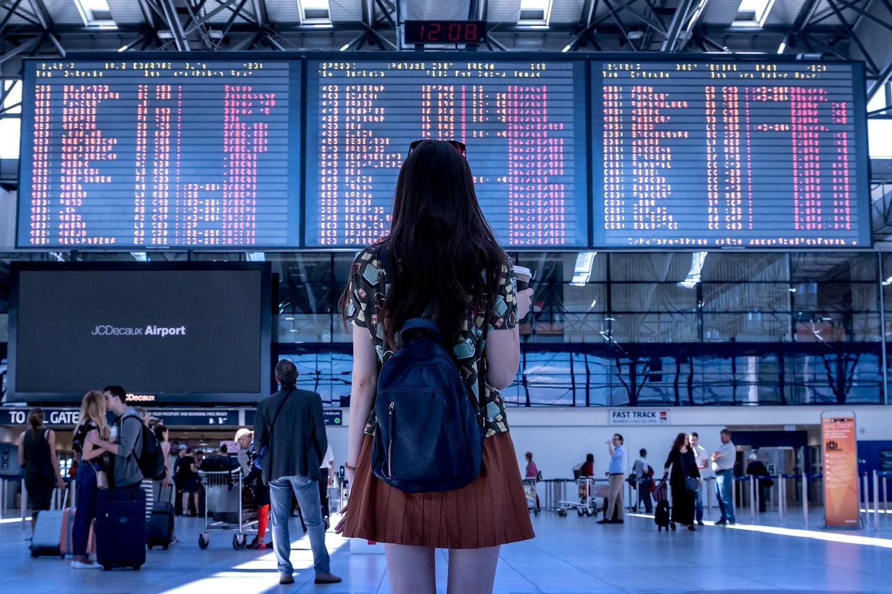 Si pierden, rompen o se retrasan en entregarte tu equipaje puedes reclamar hasta 1.300 euros de indemnización. Te decimos cómo…