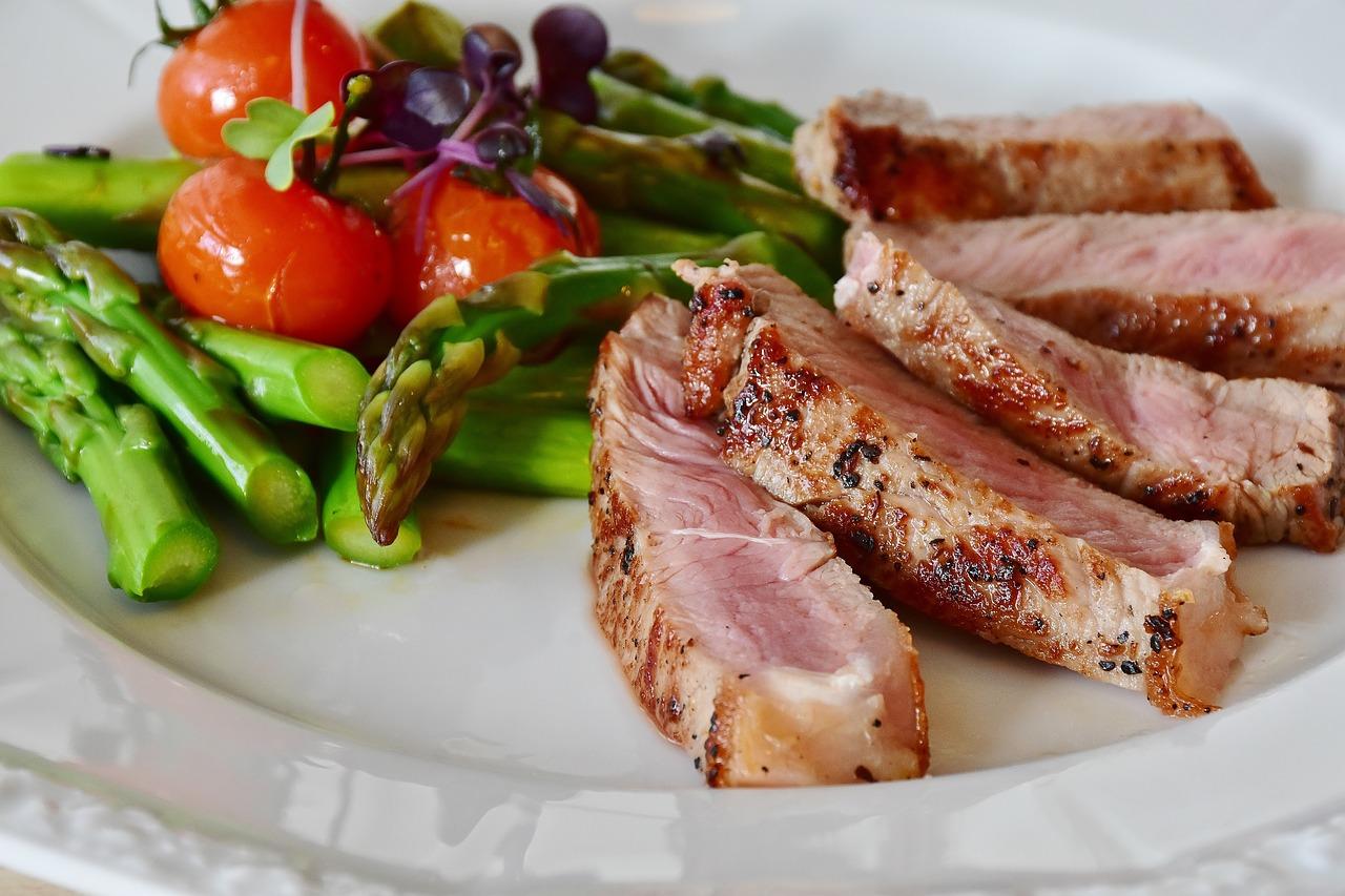 ¿Tiene algo que ver el consumo de carne con el cambio climático? Por lo pronto la ONU recomienda reducirlo