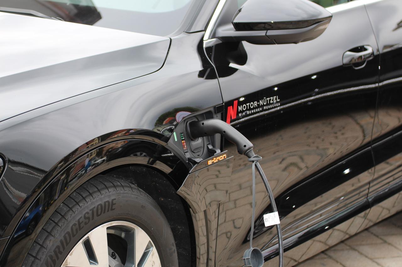 Particulares, entidades y empresas de Andalucía pueden solicitar hasta fin de año incentivos para vehículos eléctricos