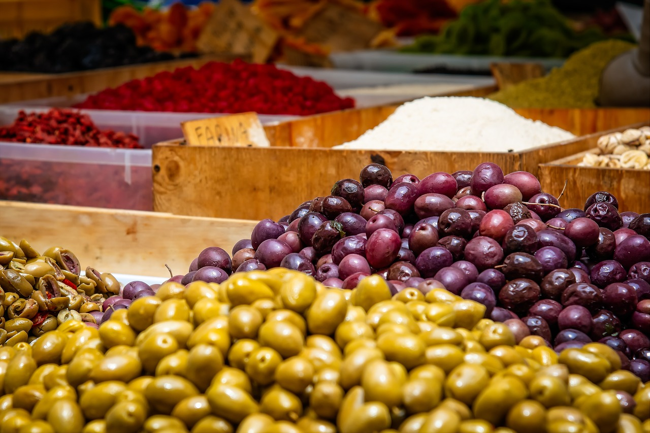 Andalucía refuerza la promoción de la aceituna de mesa en Francia, Reino Unido e India