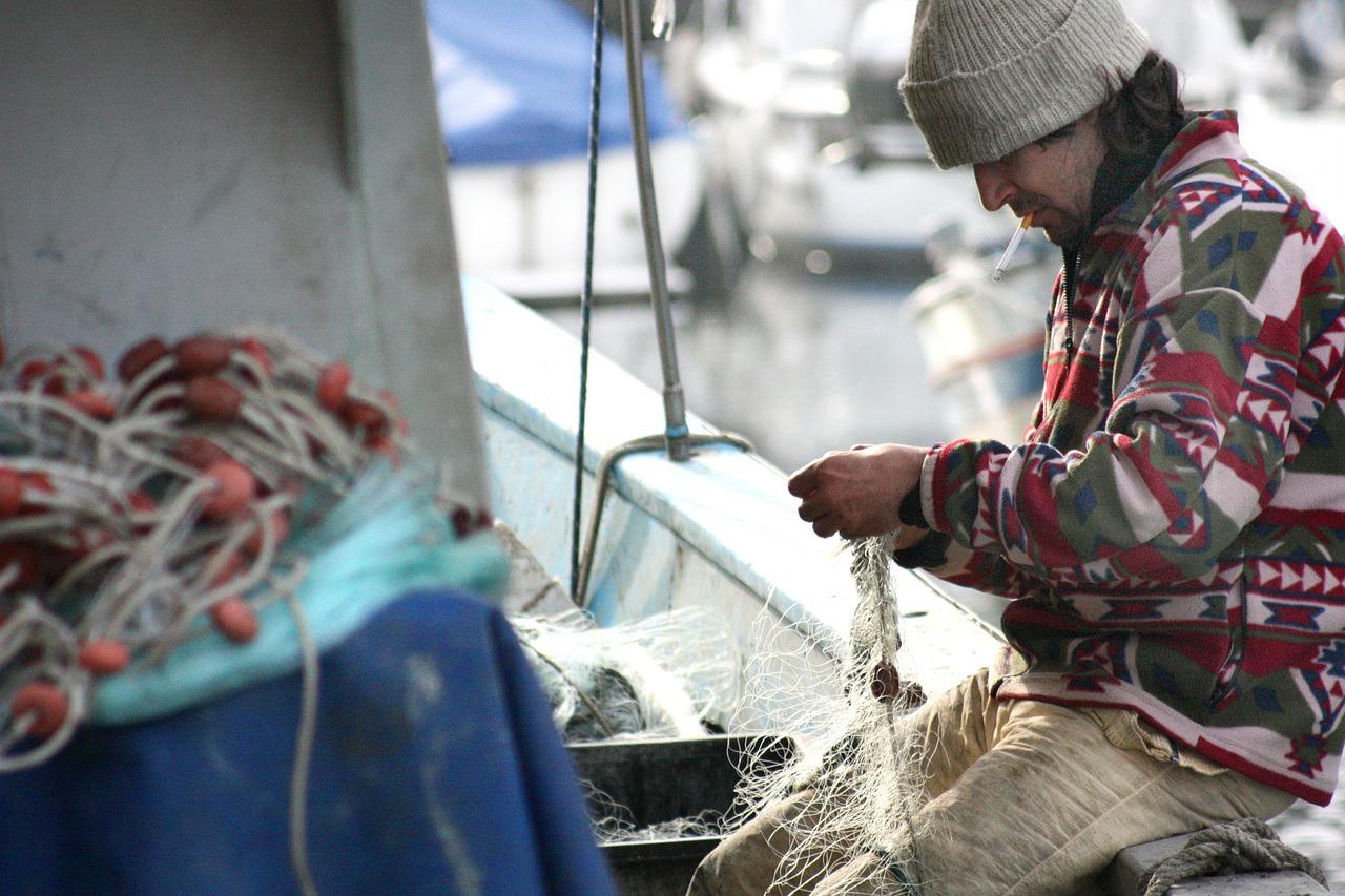 Andalucía reclama agilidad para las ayudas por parada temporal del arrastre, el cerco y el palangre del Mediterráneo