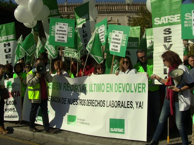 El Sindicato de Enfermería de Andalucía llevará a la Junta a los tribunales por no pagar cuatro meses de complementos