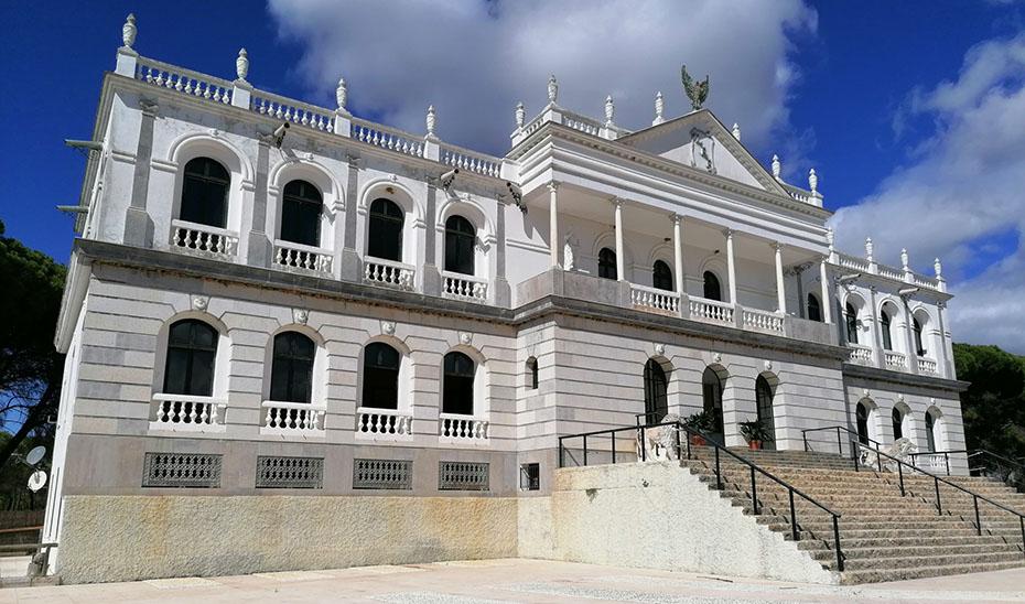 El Palacio del Acebrón, testigo del pasado y presente de Doñana en pleno pulmón de Andalucía