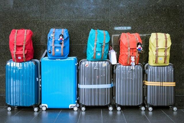 FACUA pide a las comunidades autonómicas multas millonarias para Ryanair por cobrar el equipaje de mano