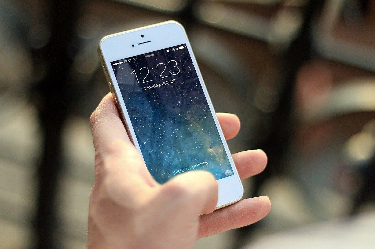 Si estás pensando en cambiar o saber si pagas mucho en tu compañía de teléfono móvil aquí te lo aclaramos
