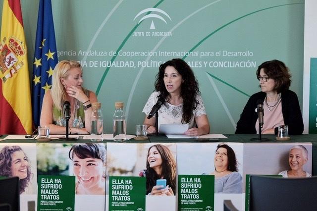 CCOO acusa a la Junta de Andalucía de recortar en un 50% las políticas de protección de las mujeres