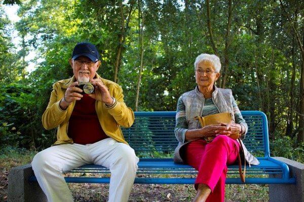 """Entrevista a Pura Muñoz, investigadora del envejecimiento: """"Para envejecer de forma saludable debemos cuidar el estilo de vida"""""""