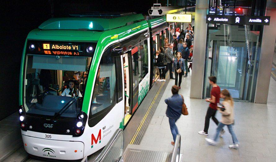 Los metros de Sevilla, Málaga y Granada han mantenido prácticamente la mitad de su demanda pese a la pandemia