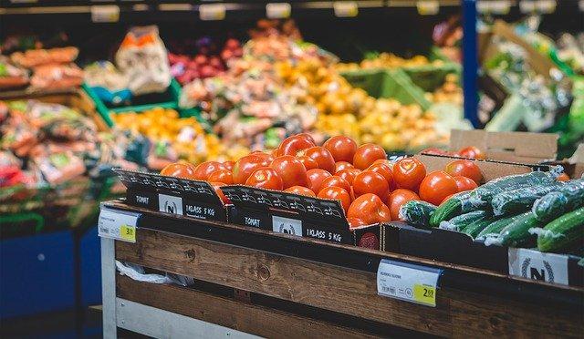 FACUA pide a Agricultura un doble etiquetado que informe sobre el precio de origen de los productos