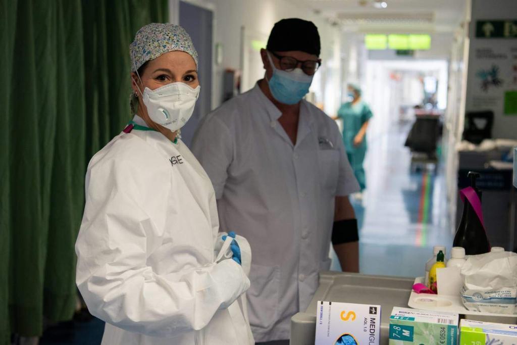 Enfemeros en el hospital