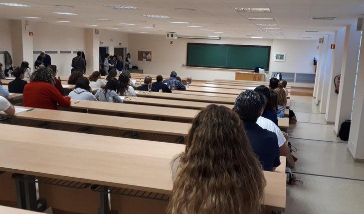 Te contamos cuándo y cómo serán las oposiciones a Secundaria, FP y Régimen Especial en Andalucía