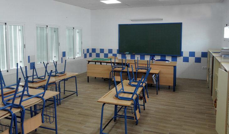 La consejería de Educación sigue denegando solicitudes de exención frente al coronavirus a profesores que sufren dolencias