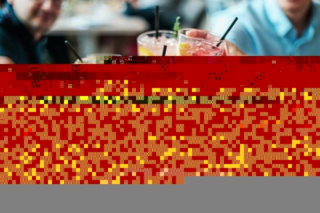 ¿Qué se podrá hacer en Cádiz, Huelva, Sevilla, Córdoba, Jaén y Almería este lunes en fase 1? Granada y Málaga tendrán que esperar