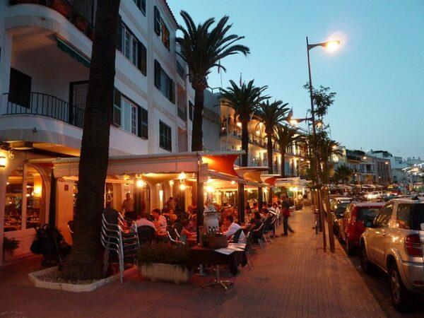 Los sindicatos exigen que se garantice la seguridad de plantilla, turistas y clientes en la Hostelería andaluza