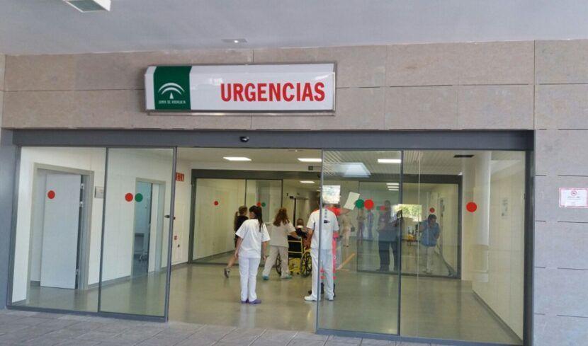 765 pacientes confirmados con COVID-19 permanecen ingresados en los hospitales andaluces, de los que 118 se encuentran en UCI