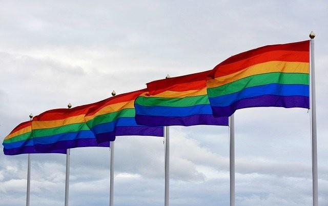 Banderas LGTBI