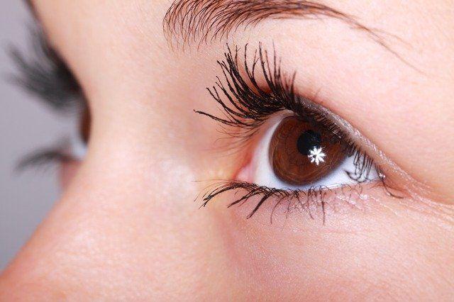Podrían diagnosticar si sufrirás alzhéimer según sea tu retina