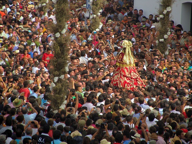 La Junta de Andalucía recomienda no celebrar ferias y romerías a causa del Covid-19