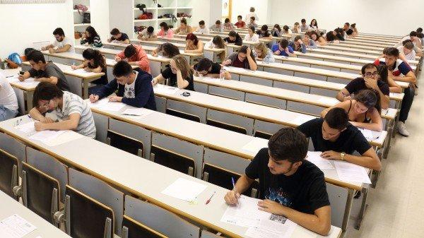 47.807 alumnos: Ese es el número de estudiantes que se examinarán de selectividad en Andalucía y que tendrán que cumplir la normativa covid