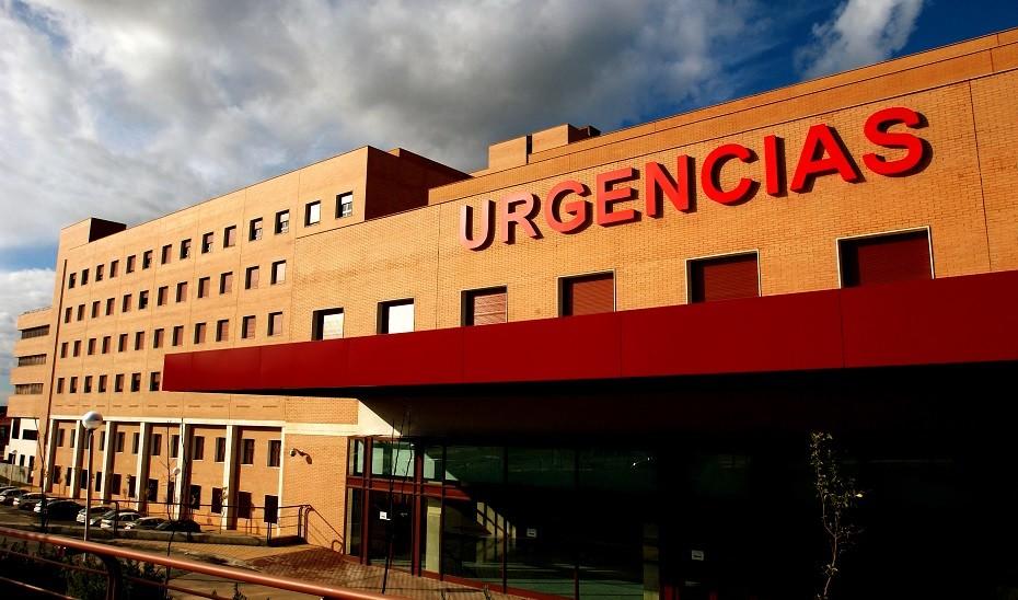 3.151 pacientes confirmados con COVID-19 permanecen ingresados en los hospitales andaluces, de los que 455 se encuentran en UCI