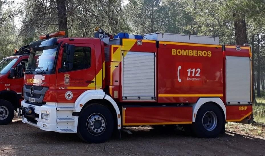 Rescatadas dos personas de un buggy que cayó por un desnivel en Torrox, en Málaga