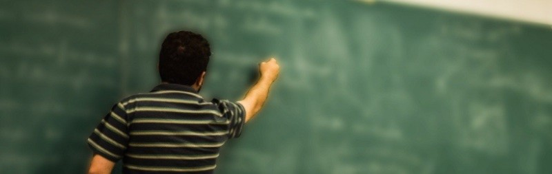Educación: UGT reclama a la Junta el mismo sueldo para los profesores de Andalucía que en el resto de España