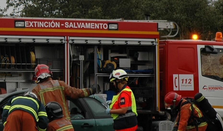 Cinco heridos en un accidente de tráfico en Cartaya (Huelva)