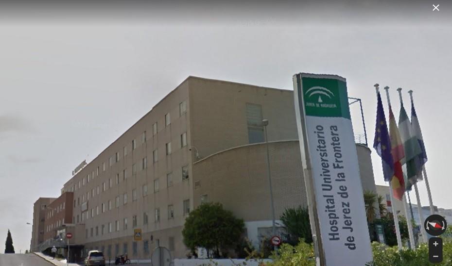 Herido con quemaduras un hombre en el incendio de una vivienda en Jerez de la Frontera