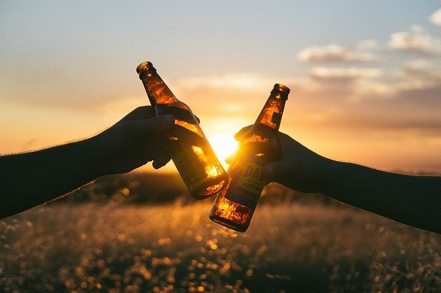 ¿Cuál es la cantidad de alcohol admisible diariamente para que no exista perjuicio para tu salud?