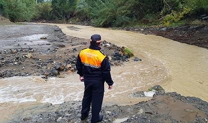La borrasca de lluvia y viento causa un centenar de incidencias en Andalucía