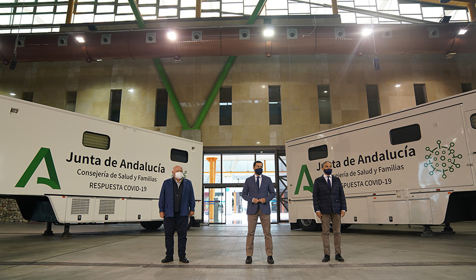Andalucía pone en marcha las unidades móviles de cribados masivos de coronavirus que recorrerán la comunidad