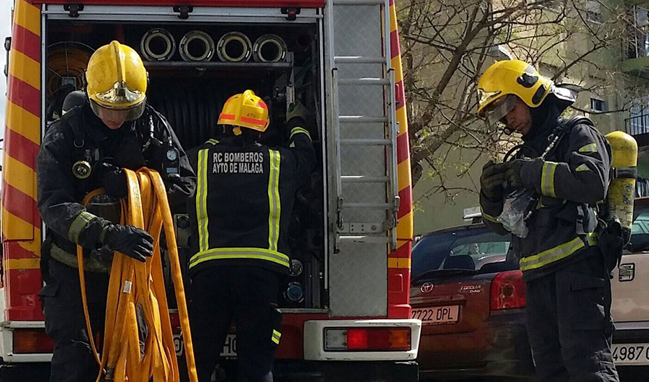 Tres personas afectadas al producirse un incendio en una vivienda de Jerez de la Frontera