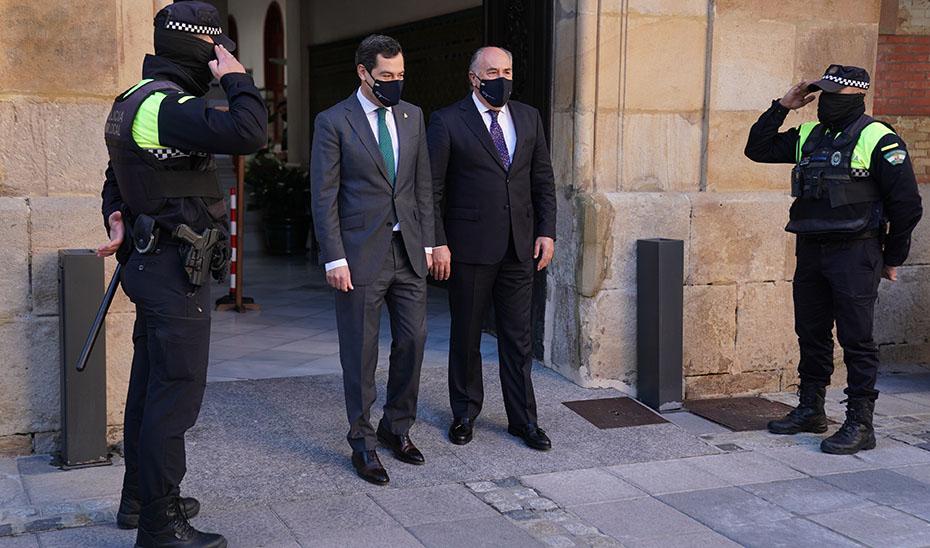La Junta limitará este viernes la movilidad en Andalucía por el aumento de casos de coronavirus y pide al Gobierno central «pensar en un confinamiento total en España»