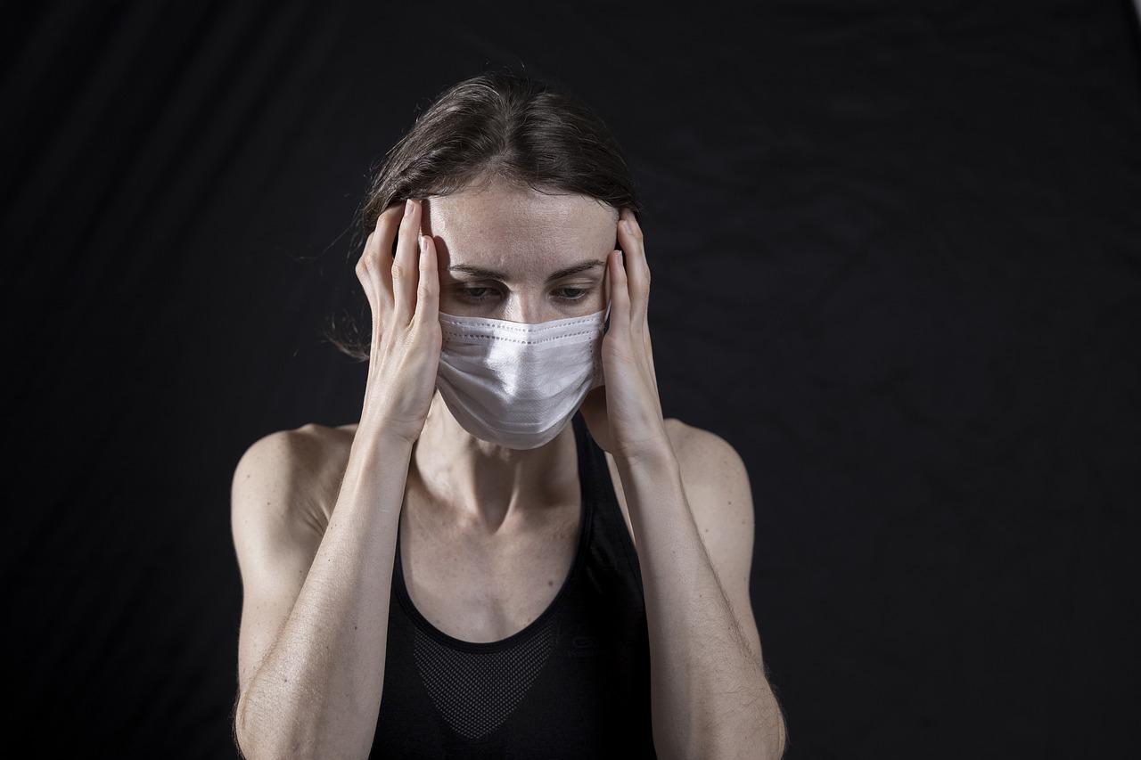 ¿Cómo es el dolor de cabeza por una resaca?