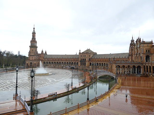 El tiempo en Andalucía: Las lluvias llegan a Andalucía este fin de semana que será pasado por agua