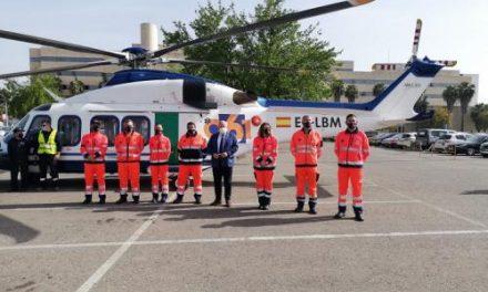 Andalucía ya dispone de un helicóptero 061 para la atención de emergencias en condiciones adversas