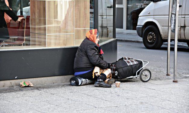 La tecnología como herramienta para ayudar a las personas sin hogar en Andalucía