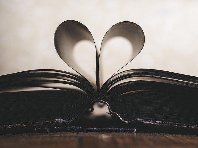 Te contamos por provincias más de 30 actividades con las que podrás disfrutar el Día Internacional del Libro en Andalucía