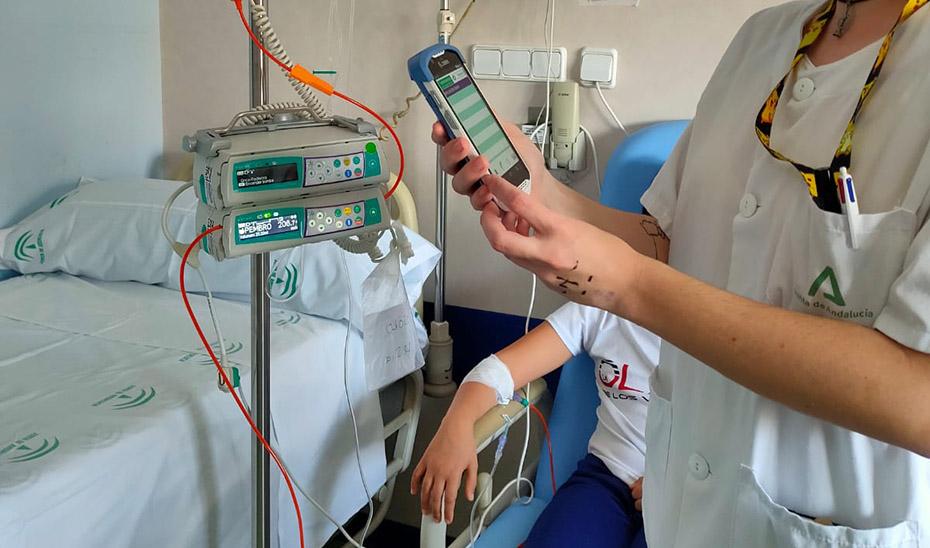 Andalucía implanta un sistema pionero en España de quimioterapia a niñas y niños