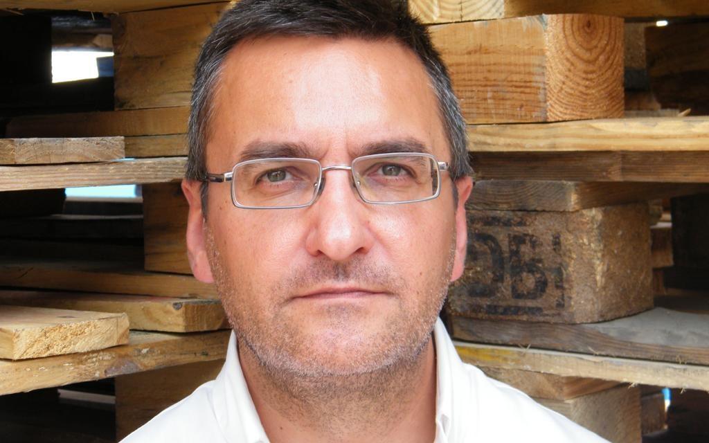 """<span style='font-size:18px;'>Entrevistamos al escritor Salvador Gutiérrez Solís<br></span> """"Hay una novela negra del Sur que no tiene nada que envidiar a la que nos llega del resto de España o desde el ámbito internacional"""""""