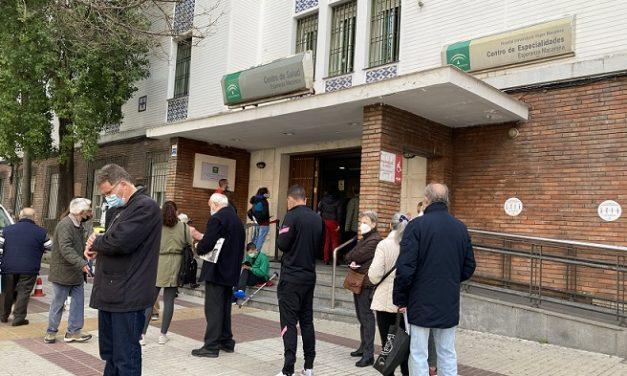 Los médicos acusan a la Junta de «dar un golpe bajo» a la Atención Primaria de Andalucía