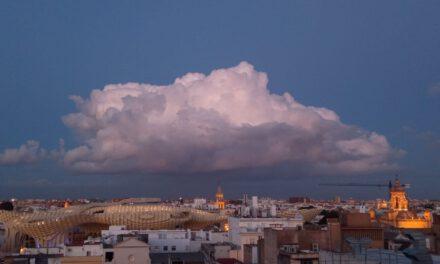 El tiempo en Andalucía: Cielos despejados con brumas matinales este martes, pero… llega la subida de temperaturas