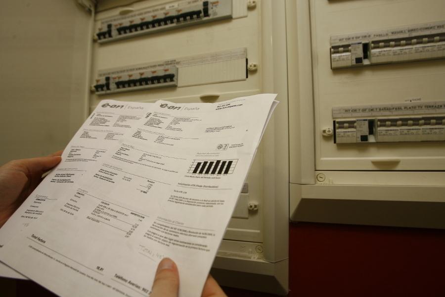 ¿Por qué tu próxima factura de la luz va a ser un 46% más cara? Te contamos qué puedes hacer para remediarlo