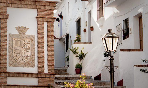 ¿Sabes que Alexa te recomienda los mejores lugares de turismo de Andalucía?