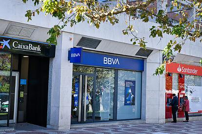 La banca podría dejar a más de 12.000 personas en el paro en los próximos meses en Andalucía