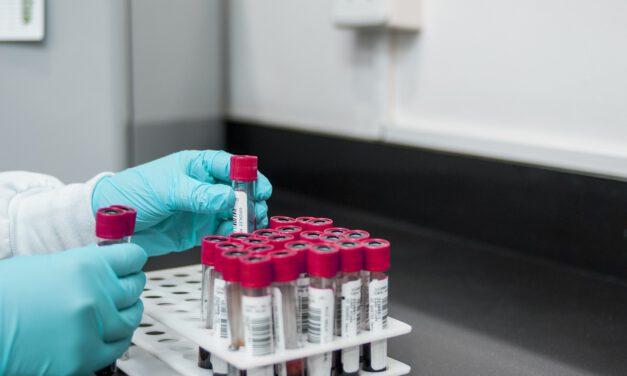 La variante Nepalí del coronavirus ya preocupa a las autoridades sanitarias: Te contamos todo lo que sabe de ella… por el momento